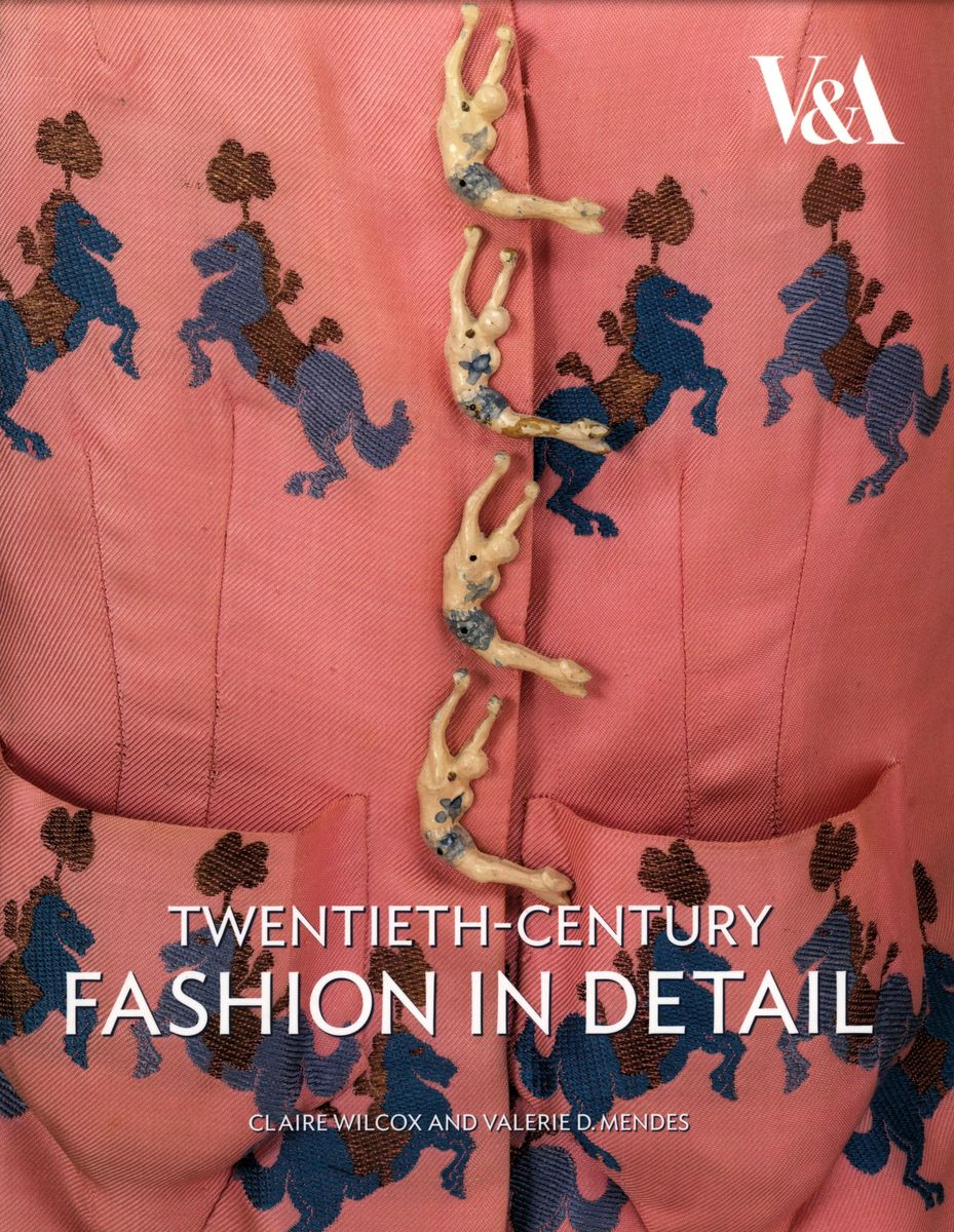 Twentieth-Century Fashion in Detail по 500.00 руб от изд. V&A