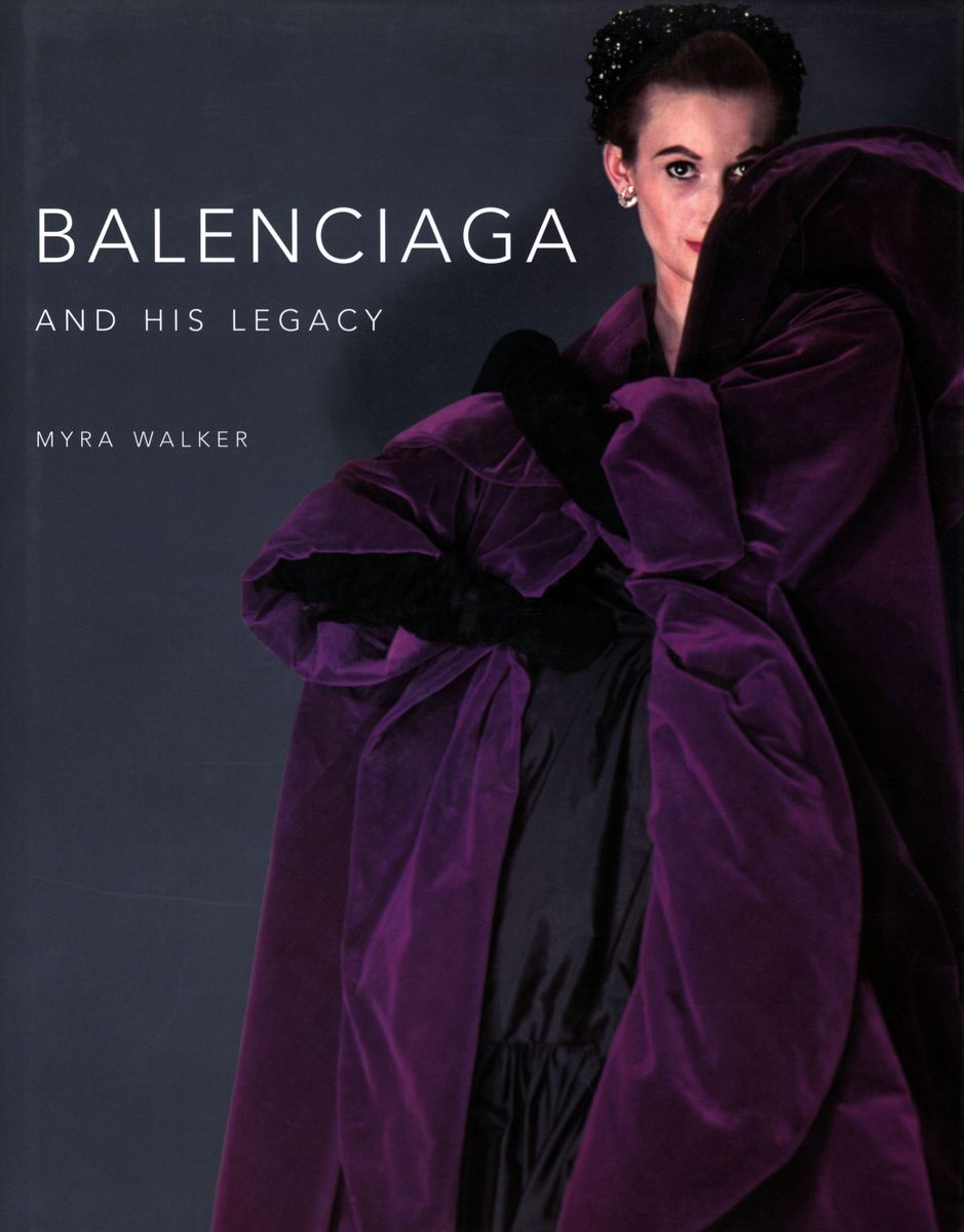 Balenciaga and His Legacy: Haute Couture from the Texas Fashion Collection по 2 332.00 руб от изд. Yale